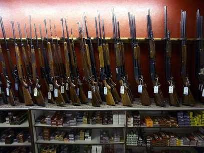 Venta de rifles en Aurora, Colorado. Foto: Getty Images