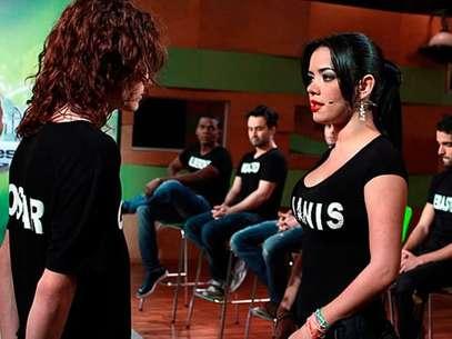 Elianis fue expulsada de la competencia por agredir físicamente a Óscar. Foto: RCN