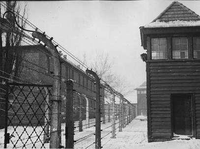 El campo de concentración nazi de Auschwitz hoy es un museo que visitan millones de personas cada año. Foto: AP