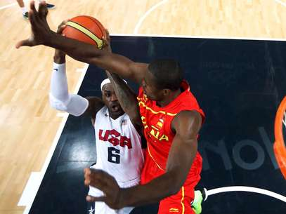 Serge Ibaka, seen here playing for Spain in the Olympics, reportedly has a new deal with the Thunder. Foto: Getty Images