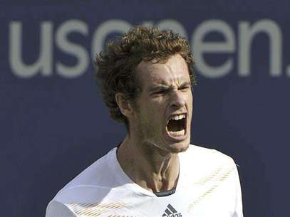 Andy Murray of Britain celebrates after defeating Tomas Berdych of the Czech Republic in their men's singles semifinals match at the U.S. Open tennis tournament in New York September 8, 2012. Foto: Ray Stubblebine / Reuters In English