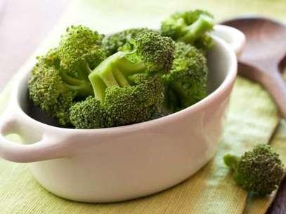 El brocoli es un súper alimento que debes consumir varias veces a la semana. Foto: Thinkstock