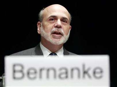 U.S. Federal Reserve Chairman Ben Bernanke talks at the Economic Club of Indiana in Indianapolis October 1, 2012. Foto: Brent Smith / Reuters