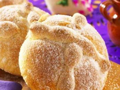 Comer 'muertos' es para el mexicano un verdadero placer, se considera la antropofagia de pan y azúcar. Foto: Archivo