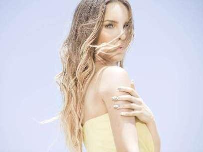 Belinda desnuda 'Catarsis' en vivo por Terra. Foto: EMI Music
