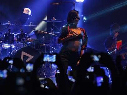 Rihanna además de éxitos recibe multas en gira '777' Foto: AP/Notimex