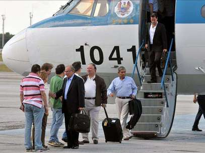 Llegan a Cuba los delegados del Gobierno colombiano para el diálogo con FARC Foto: Agencia EFE / © EFE 2012. Está expresamente prohibida la redistribución y la redifusión de todo o parte de los contenidos de los servicios de Efe, sin previo y expreso consentimiento de la Agencia EFE S.A.