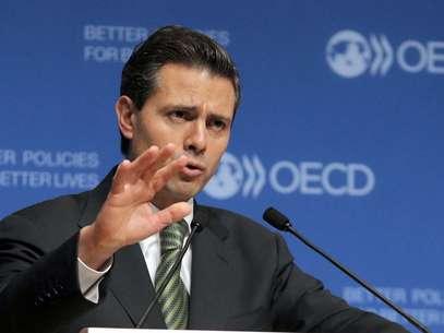 La asunción de Peña marcará el regreso al poder del Partido Revolucionario Institucional (PRI), que gobernó México por 71 años hasta el 2000 y fue señalado en el pasado por pactar con las organizaciones de narcotraficantes. Foto: AP