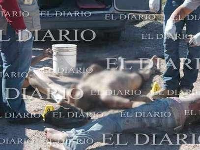 Personal del Semefo se hizo cargo de los cuerpos. Foto: El Diario