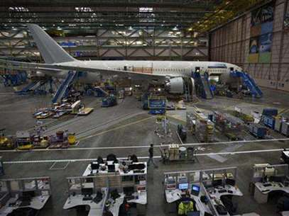 A Boeing 787 sits on the assembly line at the company's operations in Everett, Washington, October 18, 2012. Foto: Andy Clark / Reuters