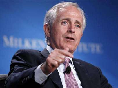 "U.S. Senator Bob Corker (R-TN) takes part in a panel discussion titled ""Fixer-Upper: Repairing the U.S. Housing Market"" at the Milken Institute Global Conference in Beverly Hills, California May 1, 2012. Foto: Danny Moloshok / Reuters"