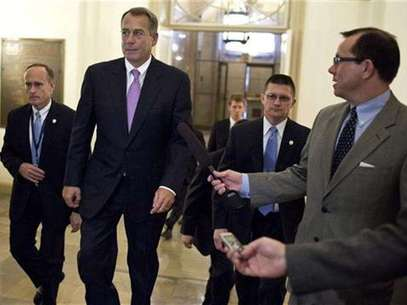 U.S. Speaker of the House of Representatives John Boehner (R-OH) walks to his office in the U.S. Capitol after meeting with U.S. President Barack Obama at the White House in Washington December 17, 2012. Foto: Joshua Roberts / Reuters