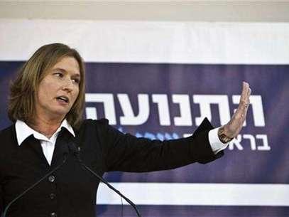 Former centrist Israeli Foreign Minister Tzipi Livni gestures during a news conference in Tel Aviv November 27, 2012. Foto: Nir Elias / Reuters
