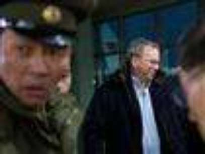 Google's chairman, Eric Schmidt wants a first-hand look at North Korea's economy and social media during his private visit Monday to the communist nation, his delegation said, despite misgivings in Washington over the timing of the trip. (Jan. 7)  Foto: AP