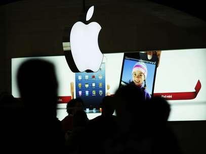 Amazon afirmó que su sitio web móvil para iPhone y iPod touches está construido en HTML5, lo que quiere decir que los clientes pueden realizar compras directamente del sitio web. Foto: Getty Images