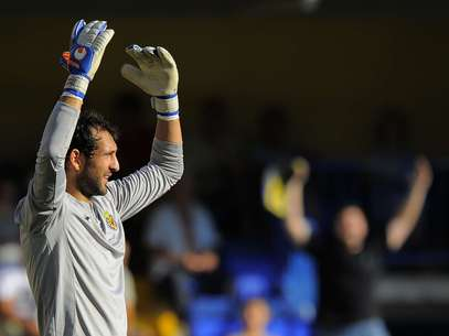 Real Madrid signed Diego Lopez from Sevilla after it was learned that Iker Casillas could be out up to three months with a fractured hand.  Foto: Getty Images