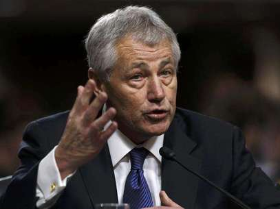 Former U.S. Senator Chuck Hagel (R-NE) testifies during a Senate Armed Services Committee hearing on his nomination to be Defense Secretary, on Capitol Hill in Washington, January 31, 2013. Hagel, 66, is a decorated Vietnam War veteran and a former two-term Republican senator. Foto: Kevin Lamarque / Reuters