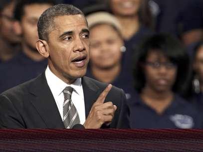 El presidente Barack Obama habla en Chicago, en una foto de archivo del 15 de febrero del 2013. El gobierno de Obama estudia la posibilidad de instar a la Corte Suprema a que revierta la prohibición de los matrimonios gay en California. El paso podría ser un triunfo político para los defensores de las bodas gay  Foto: M. Spencer Green, Archivo / AP