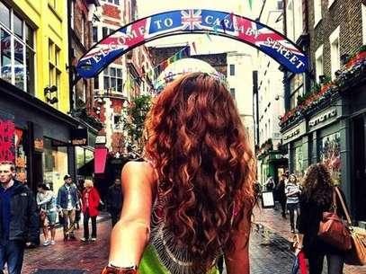 Nataly Zakharova se hizo famosa gracias a que se luce en diversas fotos en ciudades como Hong Kong, Bali o Singapur llevando de la mano a su novio Murad Osmann. Foto: Murad Osmann/Instagram/www.hypepro.tv