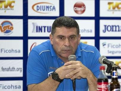 Luis Fernando Suárez, DT de Honduras Foto: Mexsport