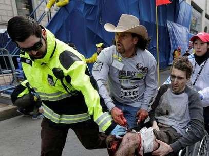 The Boston Globe dio a conocer un informe de la Policía del Estado en 2003, el cual afirmaba que la maratón podía ser un blanco para terroristas por la cantidad de público que atraía. Foto: AP