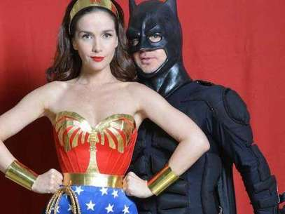 Adrián Suar y Natalia Oreiro, disfrazados de superhéroes. Foto: Canal 13