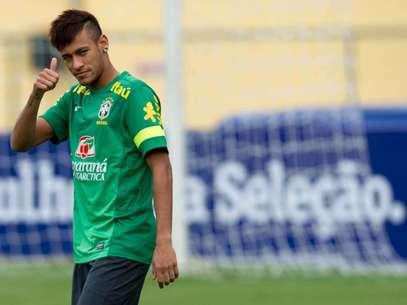Hasta agosto Neymar usará la indumentaria blaugrana. Foto: Mauro Pimentel / Terra