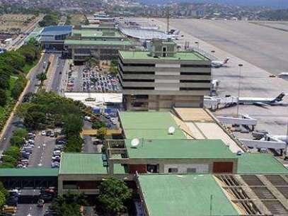 Antes de aterrizar en el Aeropuerto Internacional de Maiquetía Simón Bolívar, el brasileño que viaja por negocios debe solicitar una visa especial para cualquiera de los consulados de Venezuela en Brasil Foto: Creative Commons