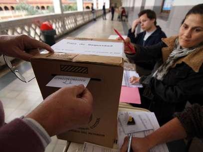 Chau sellos: ahora, entregarán troqueles como constancia de emisión de voto Foto: Télam