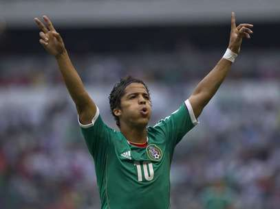 Tal parece que el futbolista encontró el amor en Alexia Imaz. Foto: AP