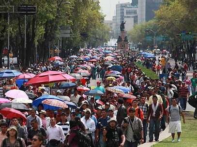 Francisco Bravo, líder de la Sección 9 de la CNTE, dijo que las manifestaciones convergerán en todo el País el próximo 4 de septiembre. Foto: Reforma