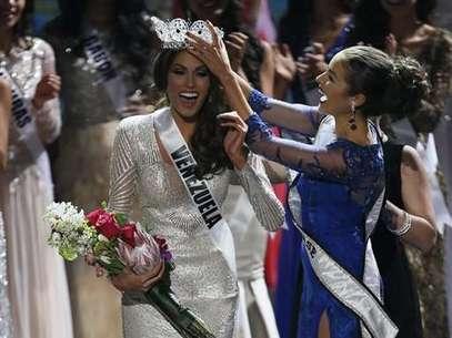 Venezuela se hizo con la séptima corona de Miss Universo, gracias a la belleza de María Gabriela Isler  Foto: AP
