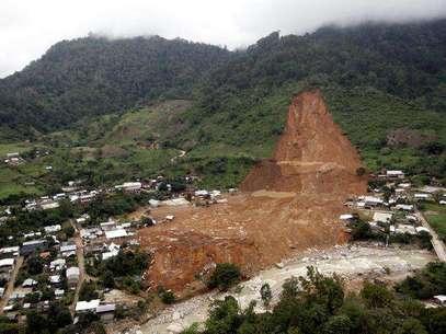 Un deslave en la comunidad de La Pintada sepultó a más de 71 personas y 187 casas desaparecieron en la sierra de Atoyac de Álvarez, en la región de la Costa Grande de Guerrero. Foto: AFP