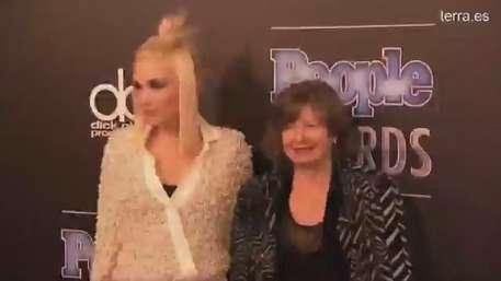 Alfombra roja de los Premios de la revista People Video: