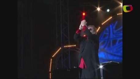 Elton John se casó Video: