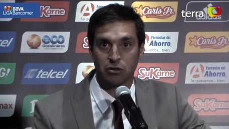 Diego Alonso evita hablar sobre arbitraje en derrota ante Tijuana Video: