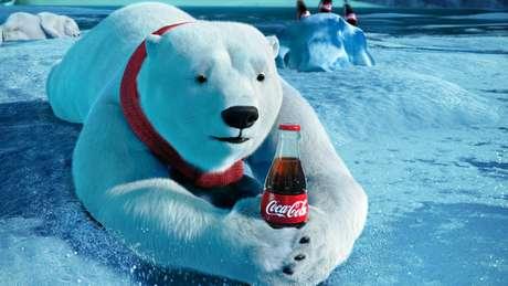 Los osos polares no pasaron sed durante el Super Bowl Foto: AP