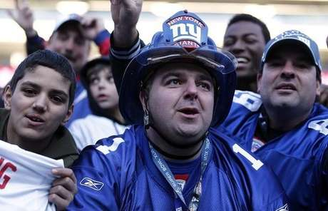 EAST RUTHERFORD, NJ - FEBRUARY 07:  Fans cheer at a rally to celebrate the New York Giants' Super Bowl victory at MetLife Stadium on February 7, 2012 in East Rutherford, New Jersey. The Giants defeated the New England Patriots 21-17 in Super Bowl XLVI at Lucas Oil Stadium on February 5, 2012 in Indianapolis, Indiana.  (Photo by Jeff Zelevansky/Getty Images) Foto: Getty Images