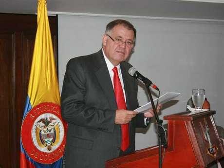 Me permito aclarar que las declaraciones ofrecidas el 7 de diciembre de 2009 al diario El Espectador no son la posición oficial de la Procuraduría General de la Nación: Ordóñez. Foto: Procuraduríia