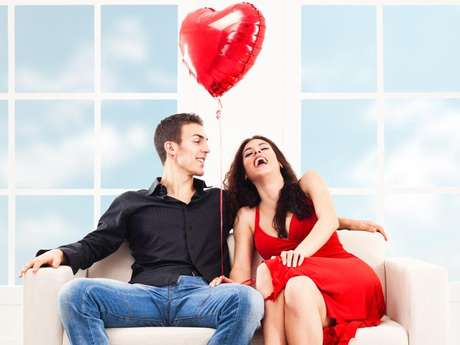 Se comprobó que los hombres se sienten más atraídos por una mujer cuando esta usa una prenda roja. Foto: Thinkstock