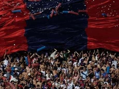 Por disturbios de hinchas de San Lorenzo, se jugará a puerta cerrada el partido ante Vélez Sarsfield Foto: AP