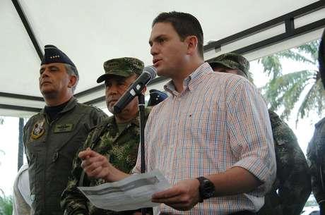 Entre las 350 toneladas de cocaína que se producen en Colombia, algo así como 200 están relacionadas con las Farc: Pinzón. Foto: Mindefensa