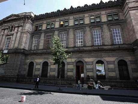 En la Biblioteca Rubén Darío, en el Centro Histórico, está a punto de concluir la restauración. Foto: Reforma