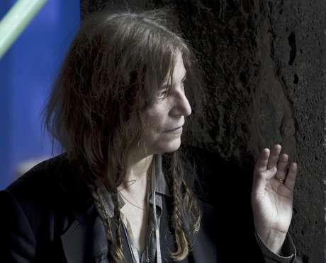 La cantante Patti Smith posa para fotógrafos antes de una conferencia de prensa en la ciudad de México, el viernes 4 de mayo del 2012. Smith dará un recital el 5 de mayo.  Foto: Eduardo Verdugo / AP