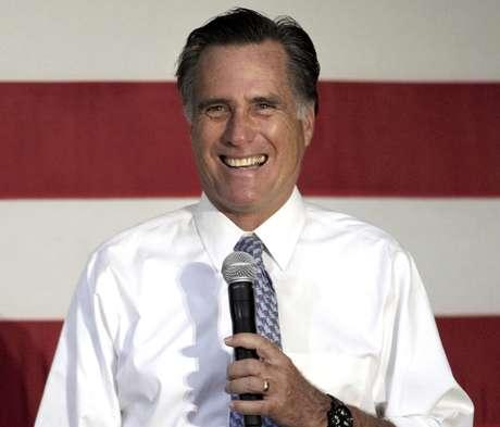 Mitt Romney se encuentra cada vez más de ser el candidato presidencial republicano. Foto: AP
