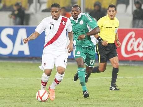"""Partido amistoso Perú-Nigeria supera a """"Al fondo hay sitio"""" en el rating. Foto: Terra"""