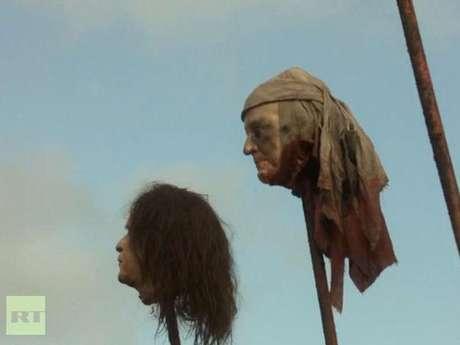 """Escena de """"Game of Thrones"""" donde la cabeza que se ve a la izquierda es muy parecida a la del expresidente George W. Bush. Foto: Reproducción"""