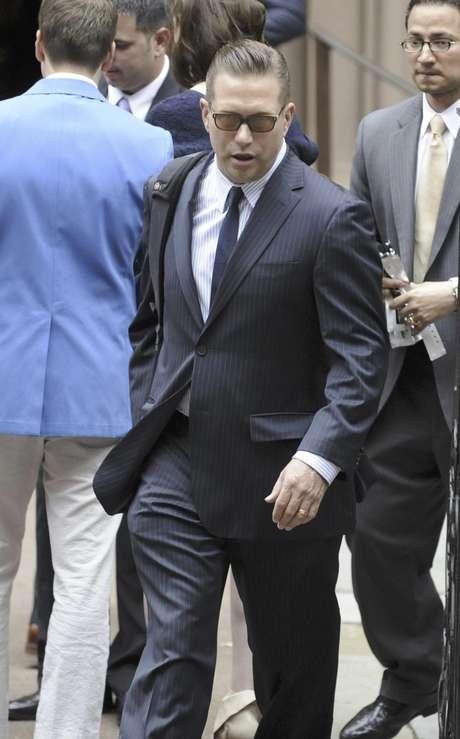 El actor Stephen Baldwin llega a la catedral de San Patricio a la boda de su hermano Alec Baldwin e Hilaria Wilson en Nueva York el sábado 30 de junio de 2012.  Foto: Louis Lanzano / AP