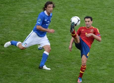 España e Italia se enfrentan en la final de la Eurocopa 2012 Foto: AFP