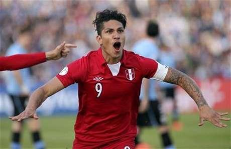 "Guerrero resaltó que el jugador peruano debe tener ""ganas de no perder"" Foto: Pablo La Rosa / Reuters"